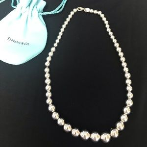 Tiffany & Co ball necklace. Sterling silver.  EUC✨